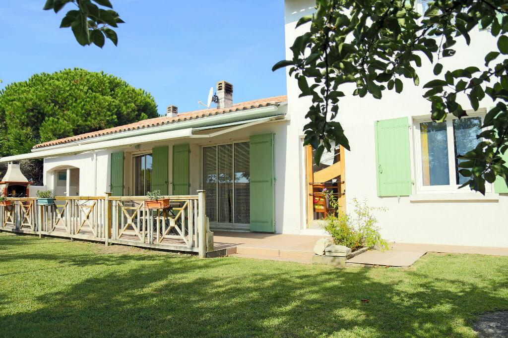 Achat Maison 10 pièces à La Couarde-sur-Mer - vignette-4