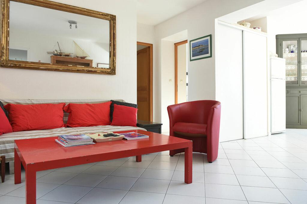 Achat Maison 6 pièces à Saint-Clément-des-Baleines - vignette-7