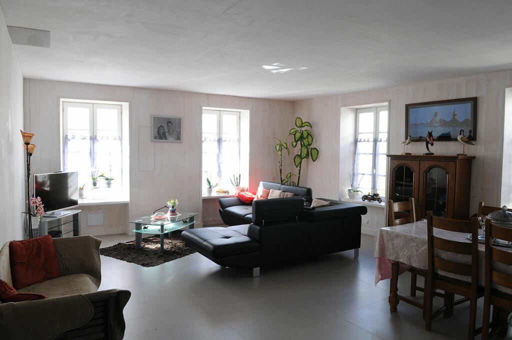 Achat Maison 6 pièces à Saint-Clément-des-Baleines - vignette-1