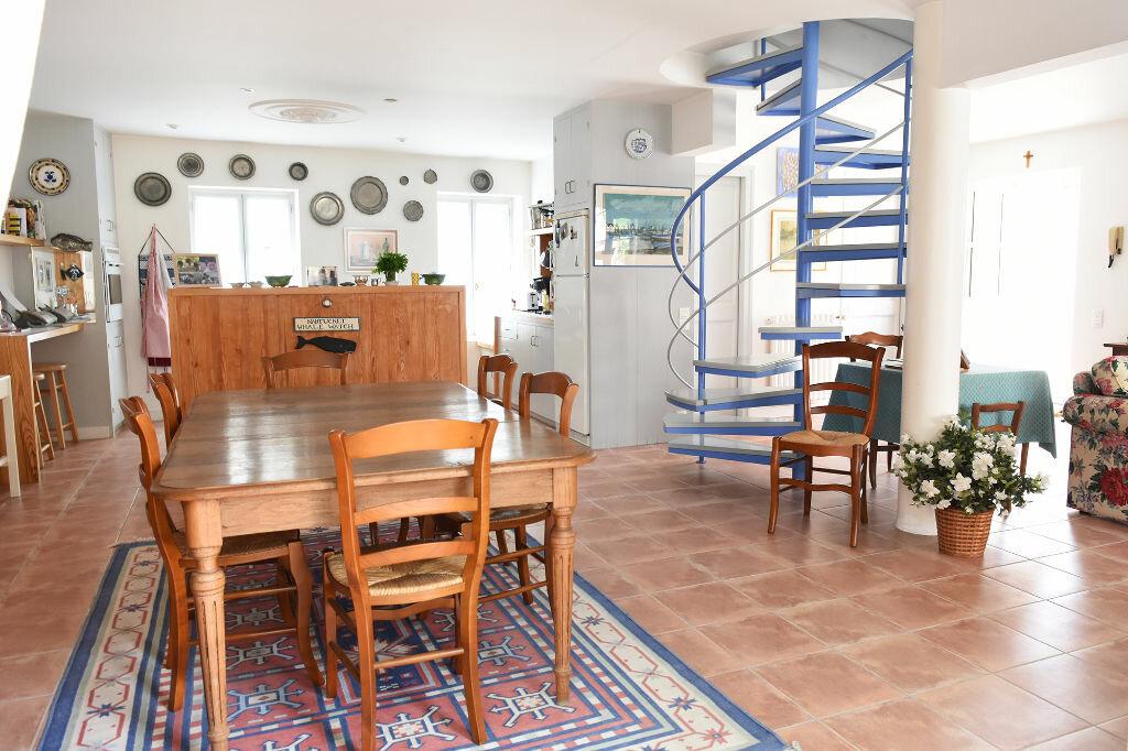Achat Maison 7 pièces à Ars-en-Ré - vignette-5