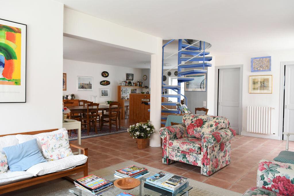 Achat Maison 7 pièces à Ars-en-Ré - vignette-6
