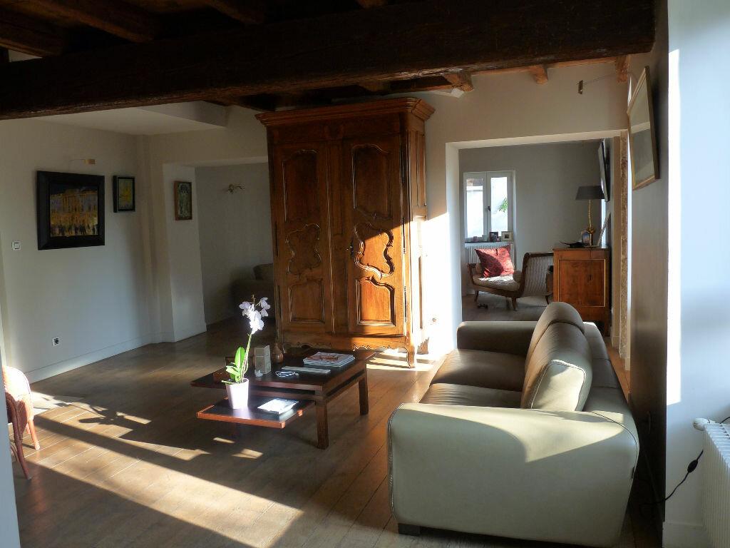 Achat Maison 8 pièces à Saint-Cyr-au-Mont-d'Or - vignette-3