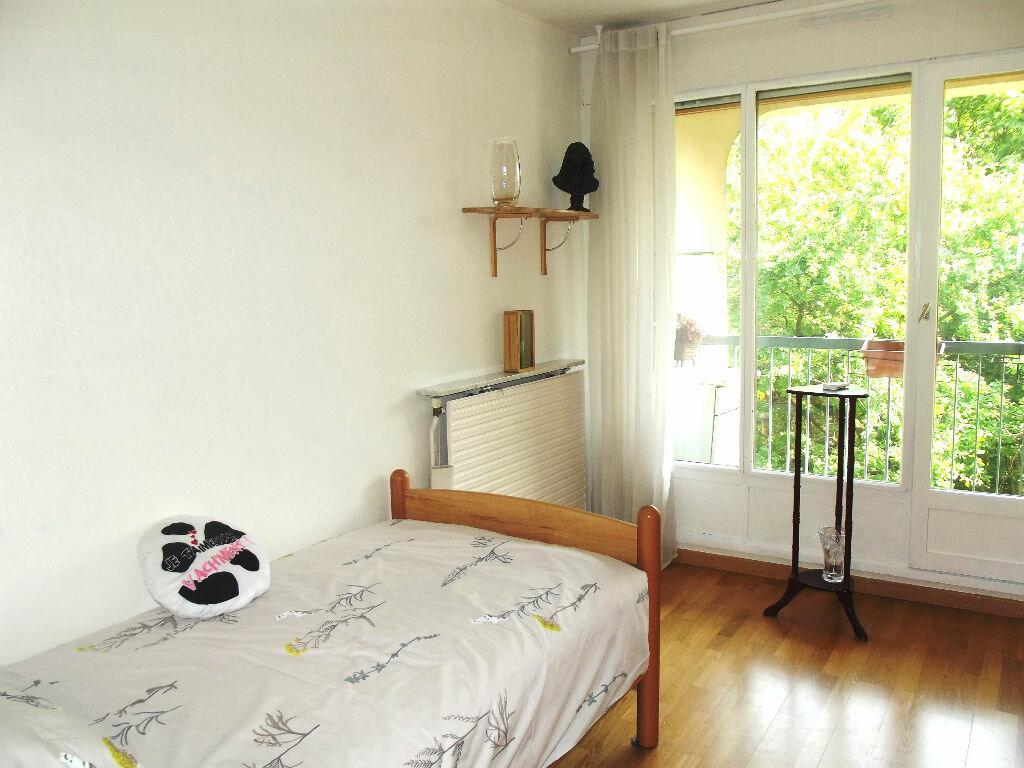 Achat Appartement 4 pièces à Lyon 9 - vignette-7
