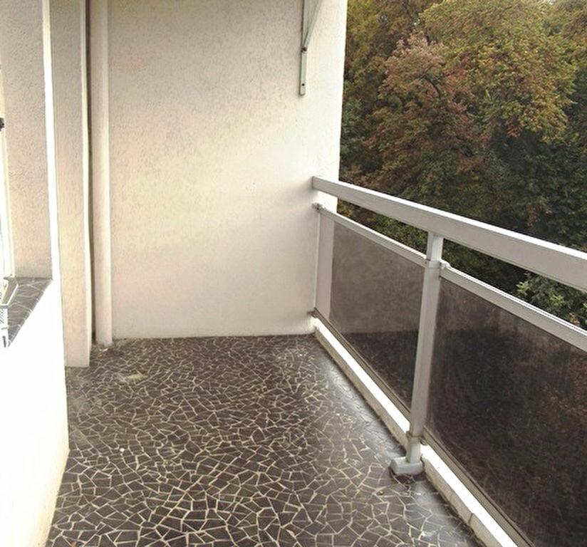 Achat Appartement 3 pièces à Lyon 5 - vignette-3