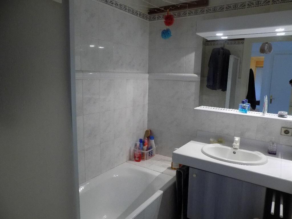Achat Appartement 5 pièces à Bron - vignette-6