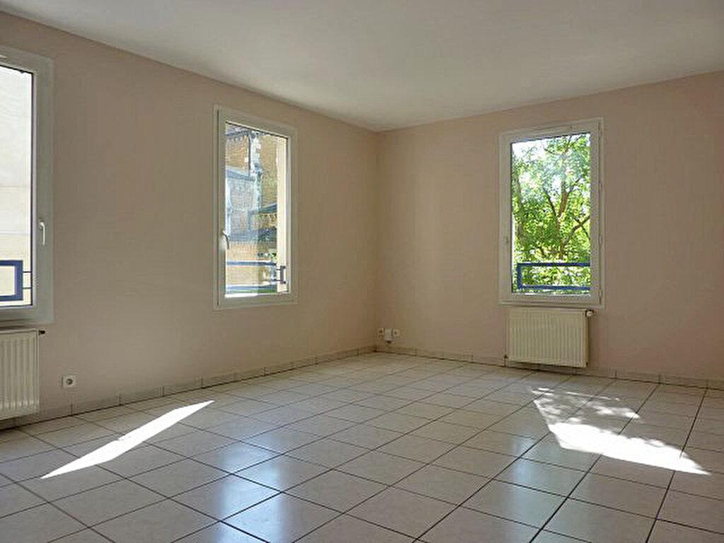 Achat Appartement 4 pièces à Écully - vignette-1
