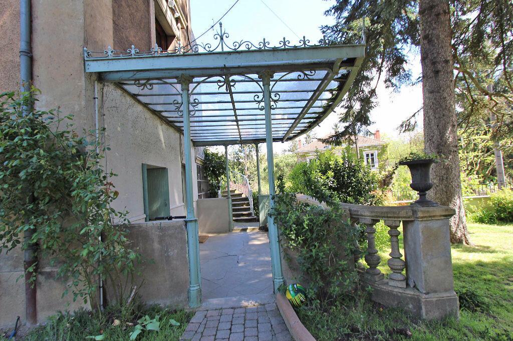Location Maison 10 pièces à Tassin-la-Demi-Lune - vignette-5