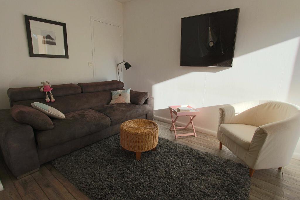 Achat Appartement 5 pièces à Écully - vignette-3