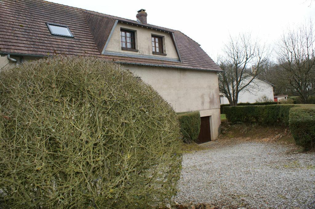 Location Maison 7 pièces à Caugé - vignette-13