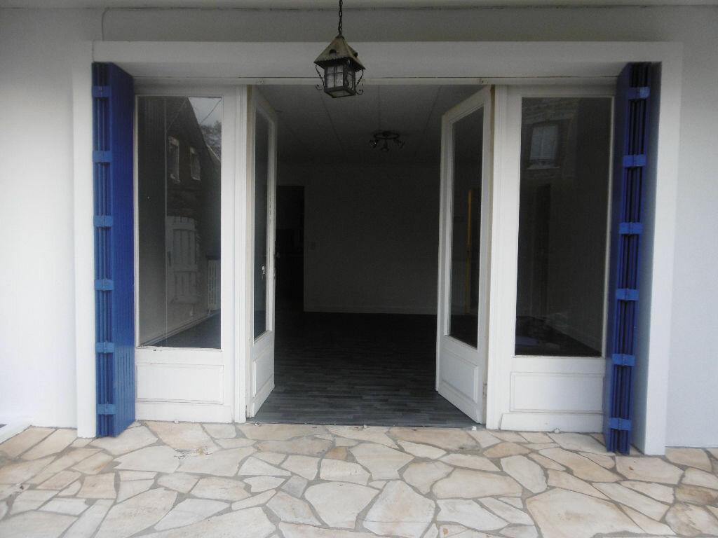 Location Maison 4 pièces à Évreux - vignette-1