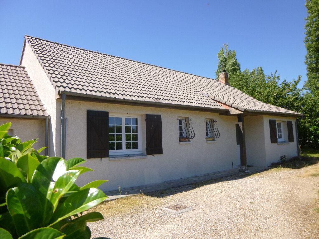 Achat Maison 4 pièces à Saint-Aubin-sur-Gaillon - vignette-1