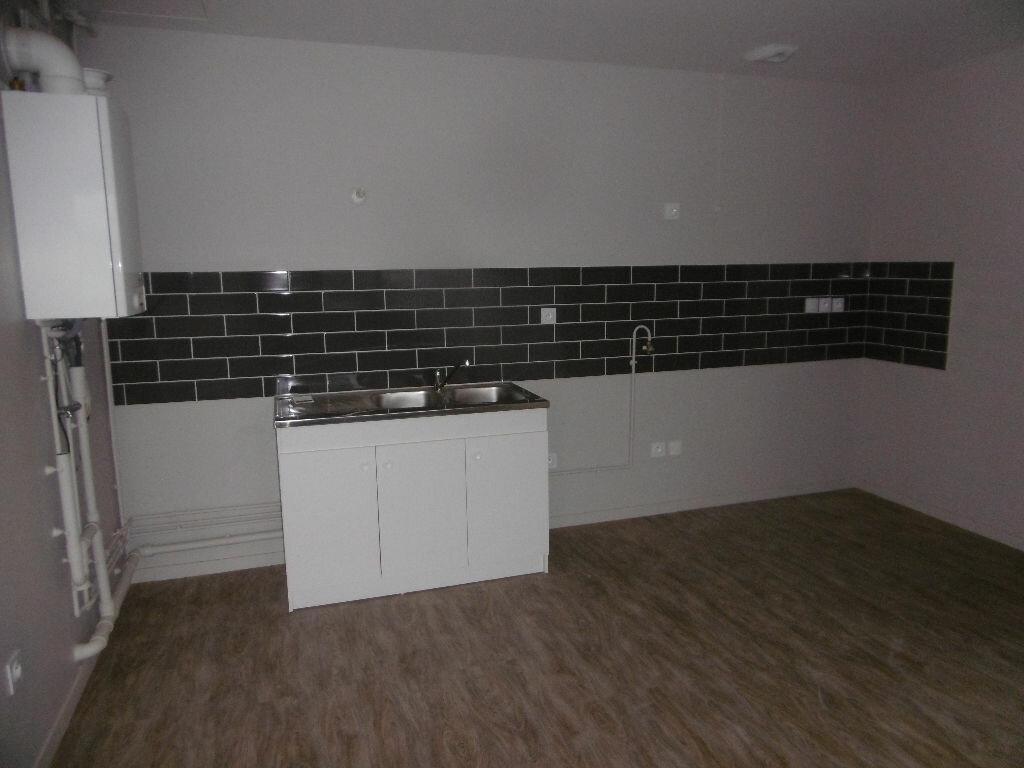 Achat Appartement 4 pièces à Évreux - vignette-2