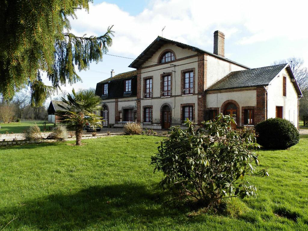 Achat Maison 14 pièces à Les Baux-de-Breteuil - vignette-1