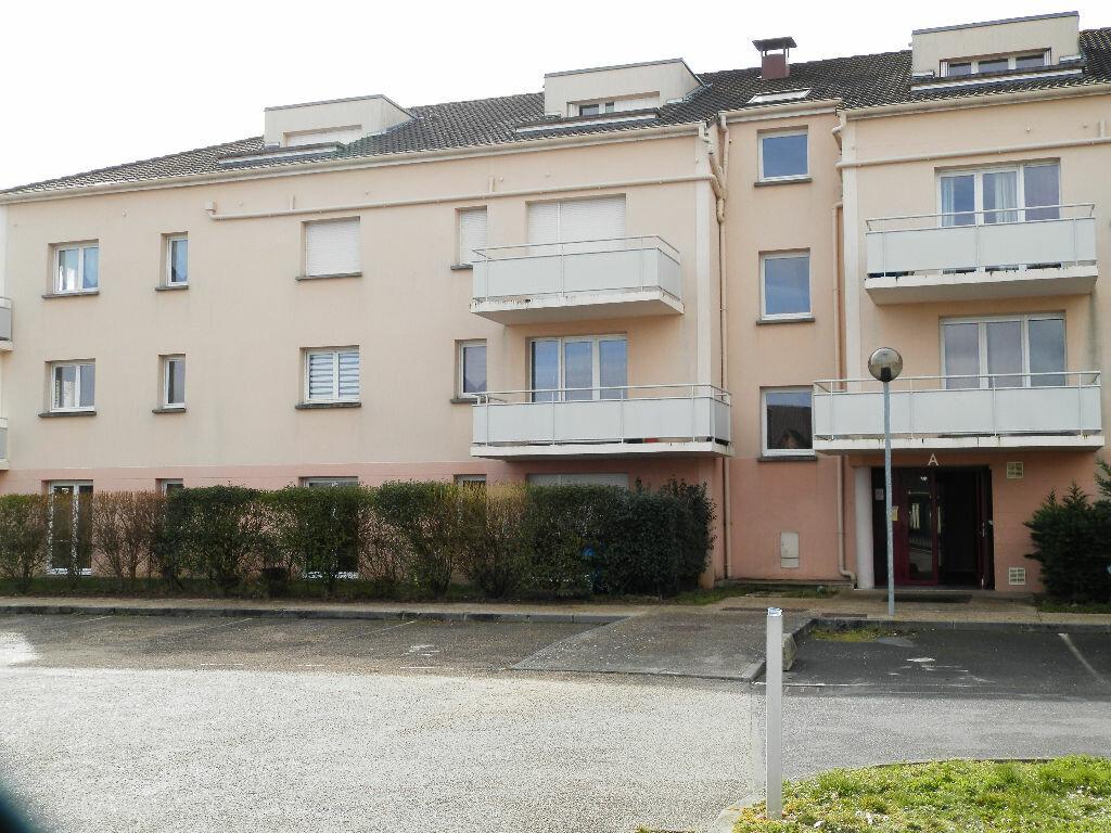 Achat Appartement 3 pièces à Gravigny - vignette-1
