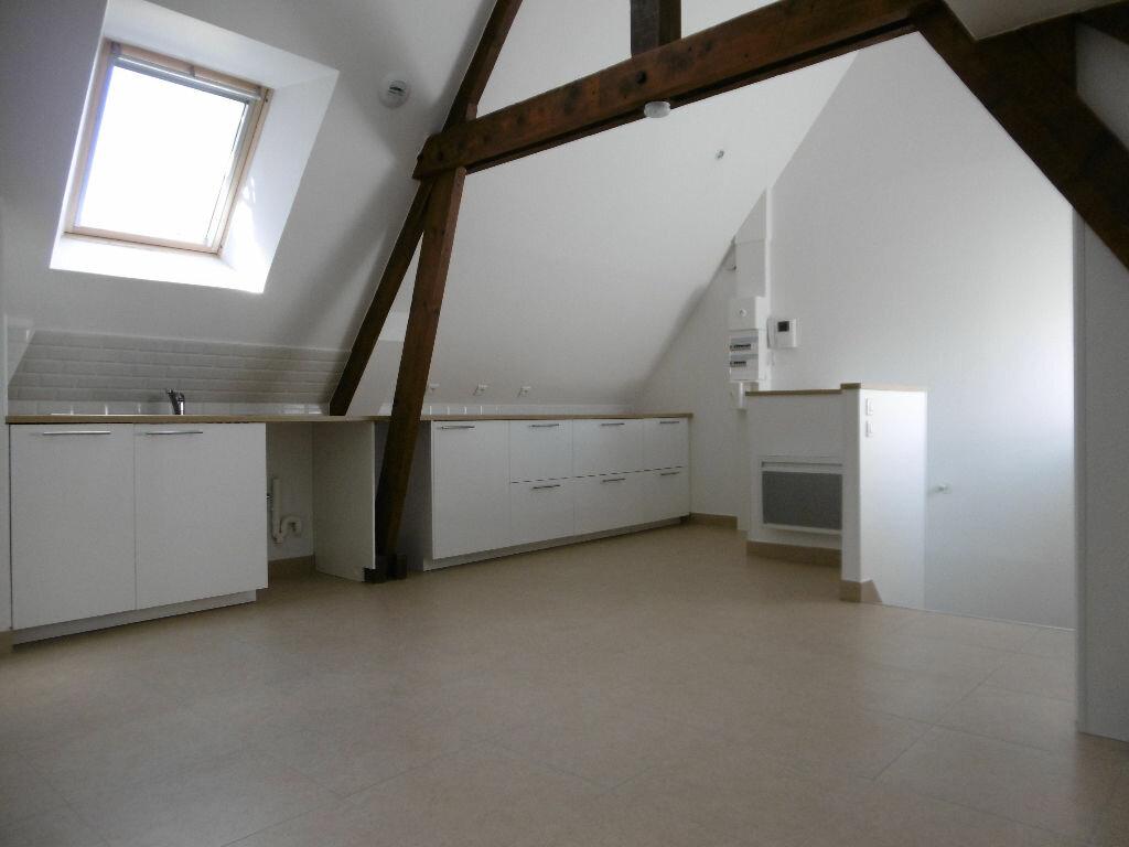 Location Appartement 1 pièce à Évreux - vignette-1