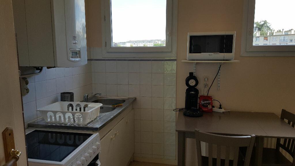 Achat Appartement 3 pièces à Évreux - vignette-2