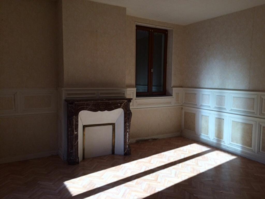 Achat Appartement 4 pièces à Conches-en-Ouche - vignette-4