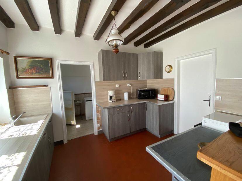 Location Maison 4 pièces à Conches-en-Ouche - vignette-4