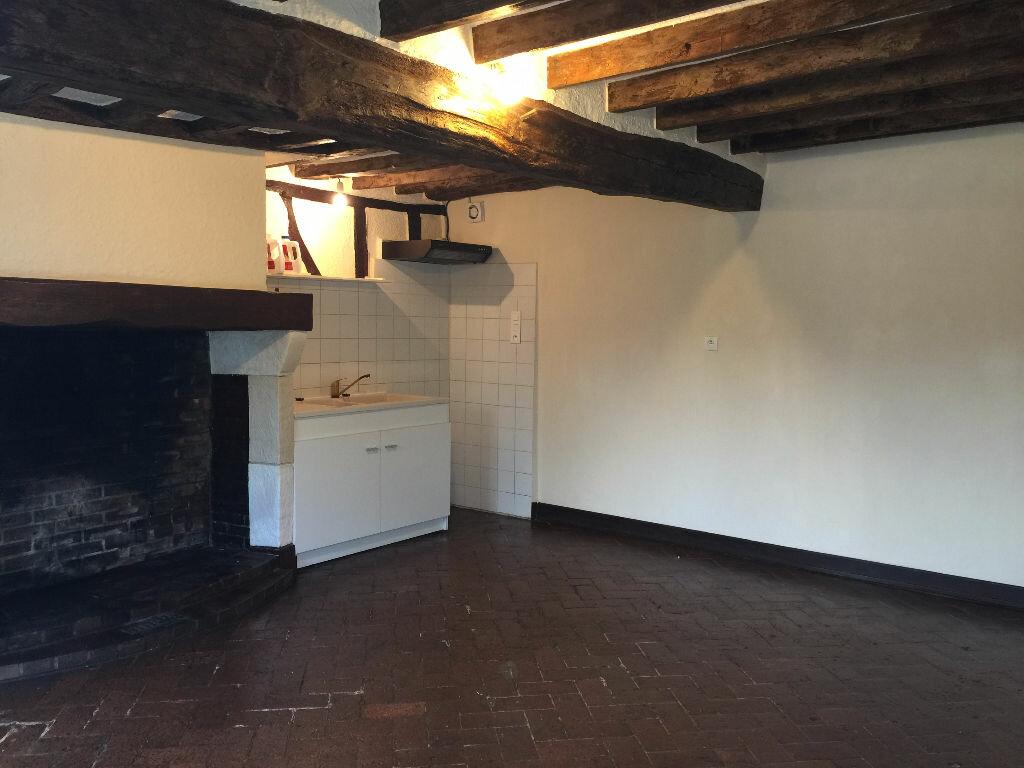 Location Maison 3 pièces à Manthelon - vignette-1