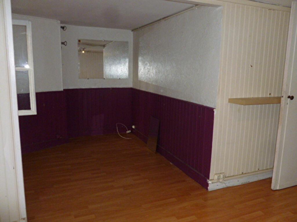 Location Appartement 2 pièces à Bordeaux - vignette-1