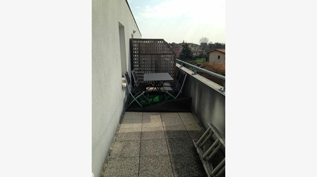 Achat Appartement 3 pièces à Gradignan - vignette-2