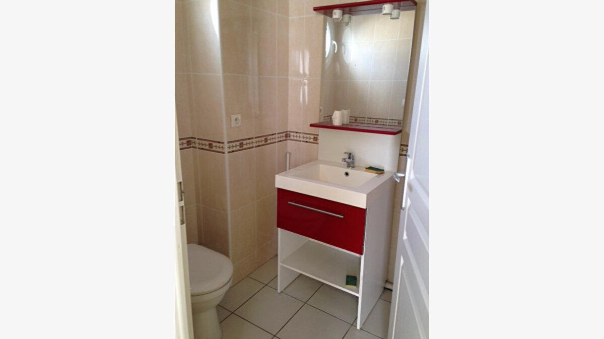 Achat Appartement 3 pièces à Gradignan - vignette-3