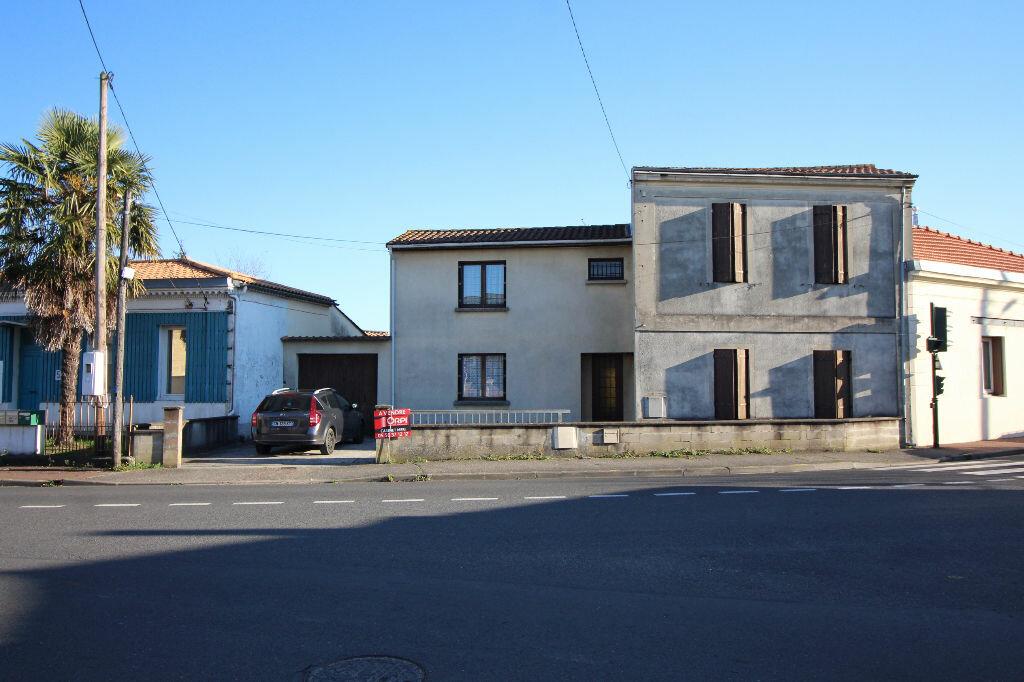 Achat Maison 6 pièces à Villenave-d'Ornon - vignette-1