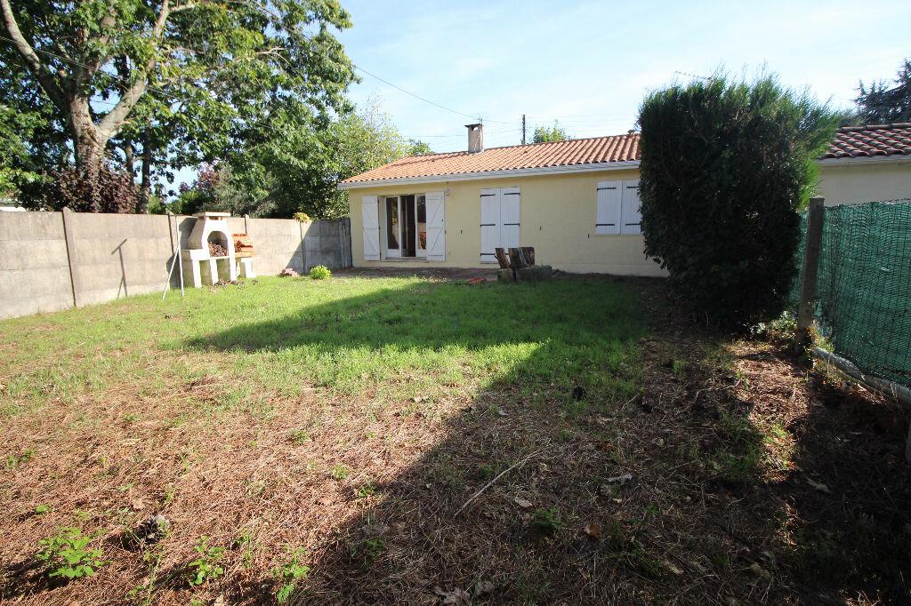 Achat Maison 4 pièces à Villenave-d'Ornon - vignette-1