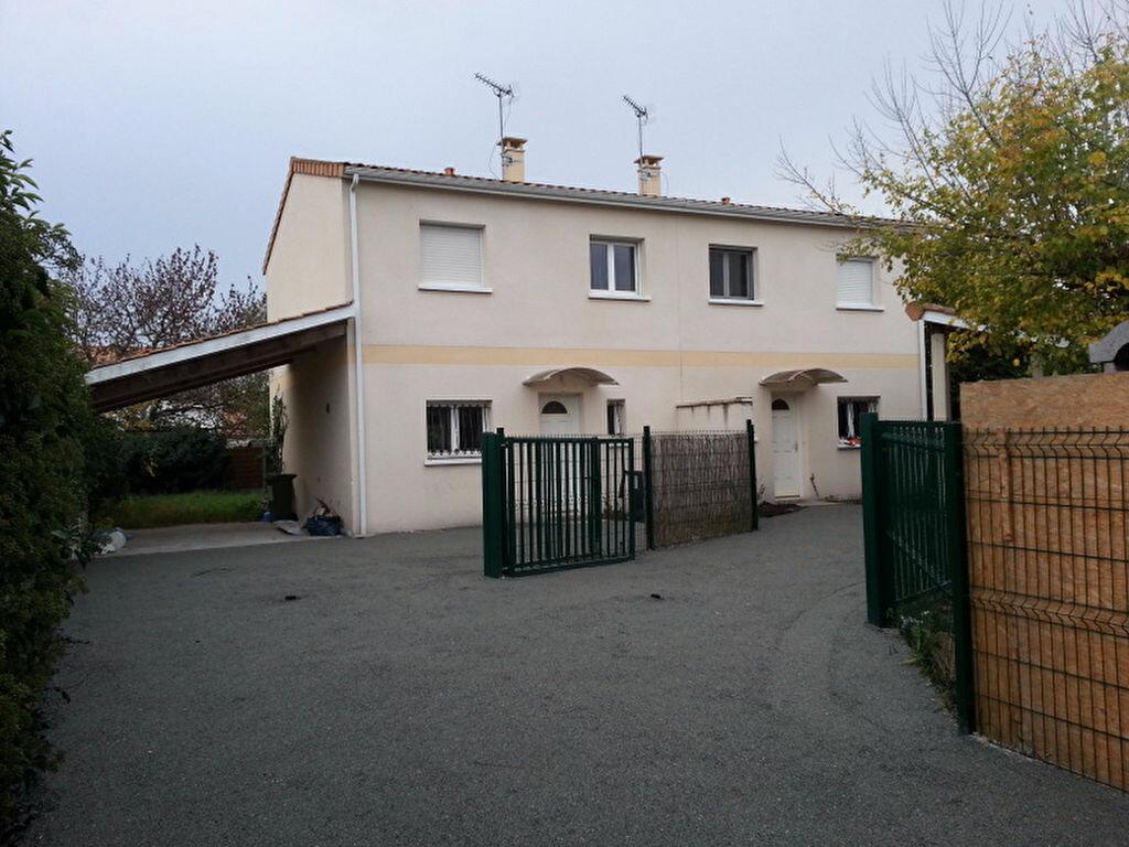 Location Maison 3 pièces à Villenave-d'Ornon - vignette-1