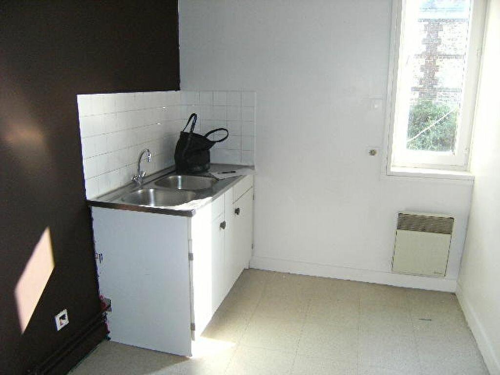 Location Appartement 3 pièces à Mont-Saint-Aignan - vignette-1