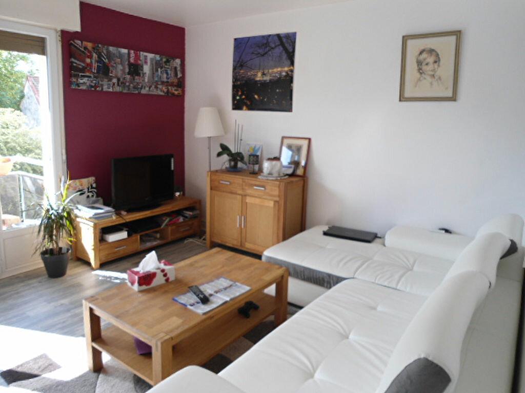 Achat Appartement 3 pièces à Petit-Couronne - vignette-1