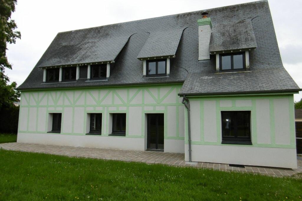 Location Maison 5 pièces à Isneauville - vignette-1