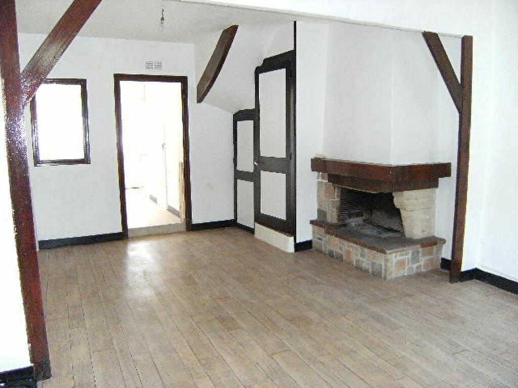 Location Maison 4 pièces à Sotteville-lès-Rouen - vignette-1