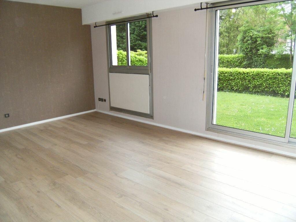 Location Appartement 2 pièces à Bois-Guillaume - vignette-1