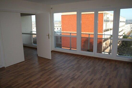Location Appartement 2 pièces à Le Petit-Quevilly - vignette-1