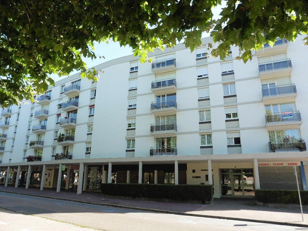 Achat Appartement 4 pièces à Maromme - vignette-1