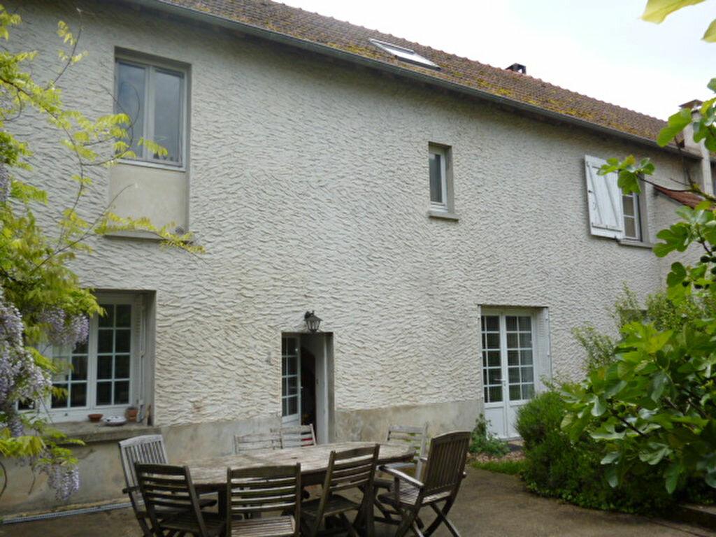 Achat Maison 7 pièces à Jouy-le-Châtel - vignette-1