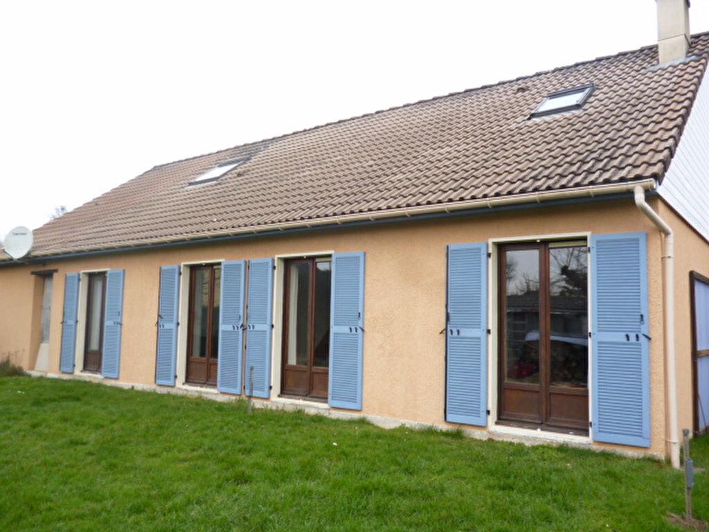 Achat Maison 7 pièces à Crèvecoeur-en-Brie - vignette-1