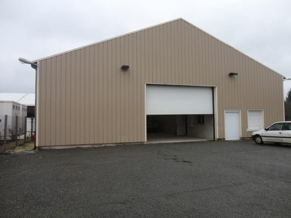 Location Local commercial  à Fontenay-Trésigny - vignette-1