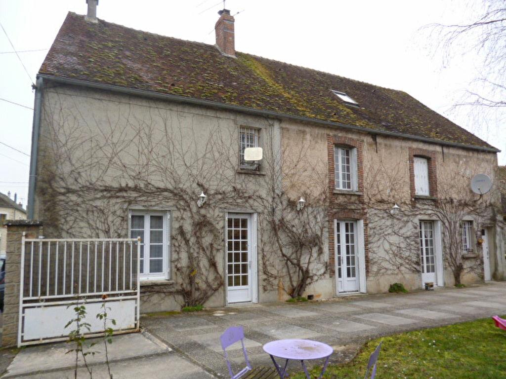Achat Maison 6 pièces à Augers-en-Brie - vignette-1