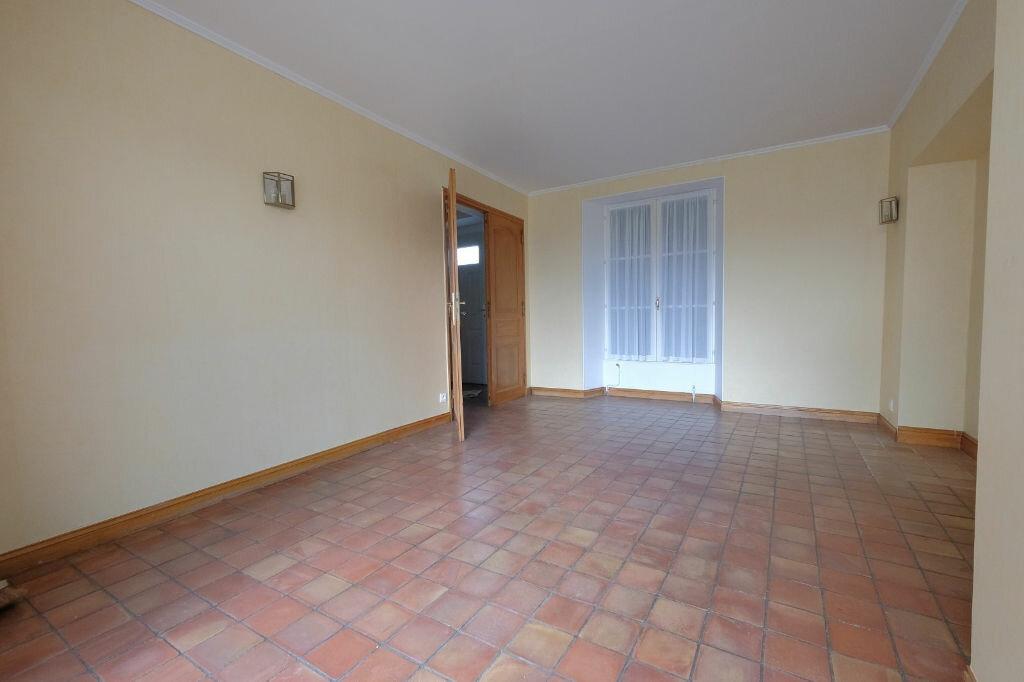 Location Maison 4 pièces à Courpalay - vignette-3