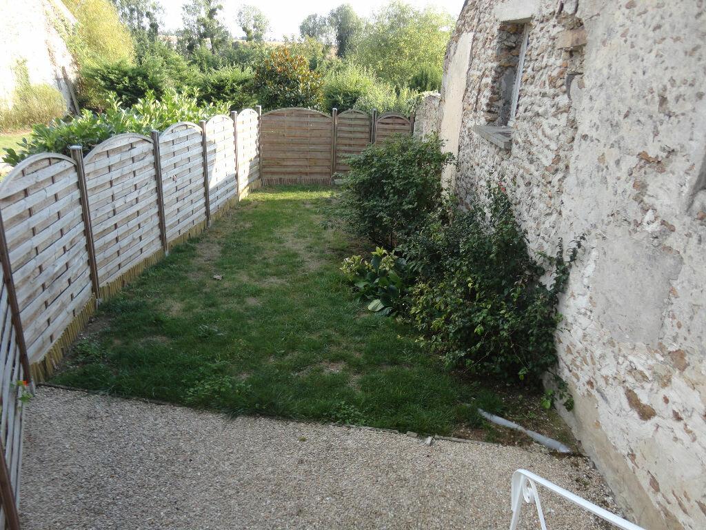 Location Maison 4 pièces à Courpalay - vignette-4