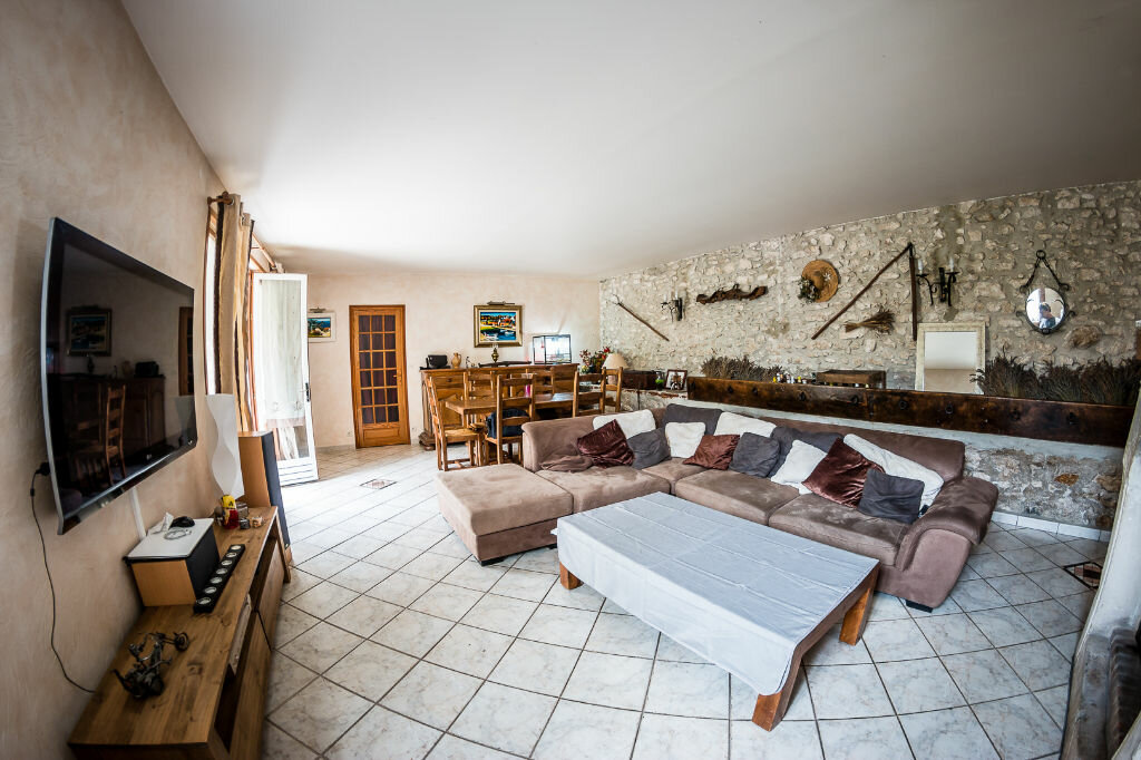 Achat Maison 7 pièces à Vaudoy-en-Brie - vignette-3