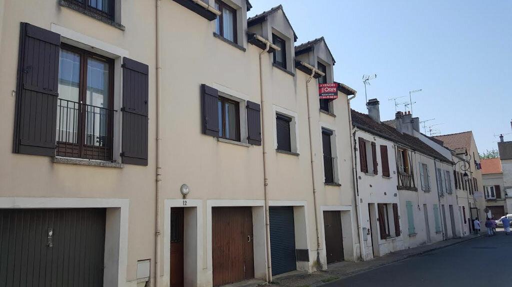 Achat Appartement 3 pièces à Fontenay-Trésigny - vignette-1