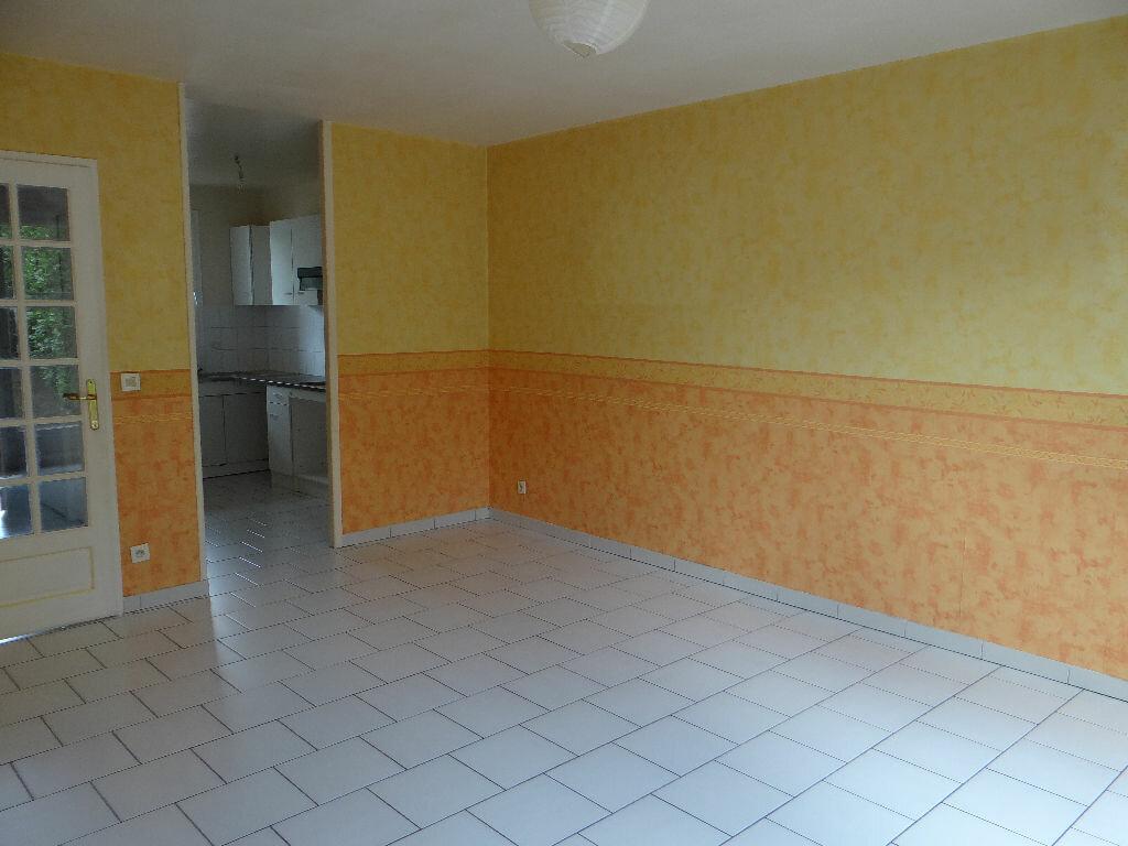Achat Appartement 3 pièces à Tournan-en-Brie - vignette-3