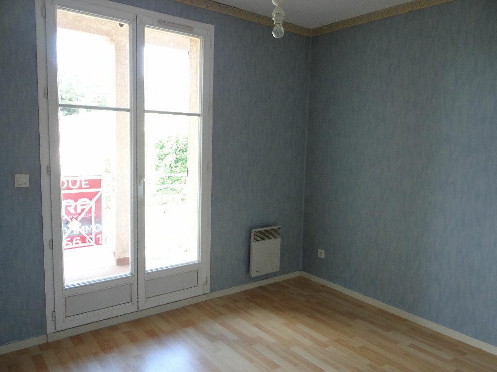 Achat Appartement 3 pièces à Tournan-en-Brie - vignette-4