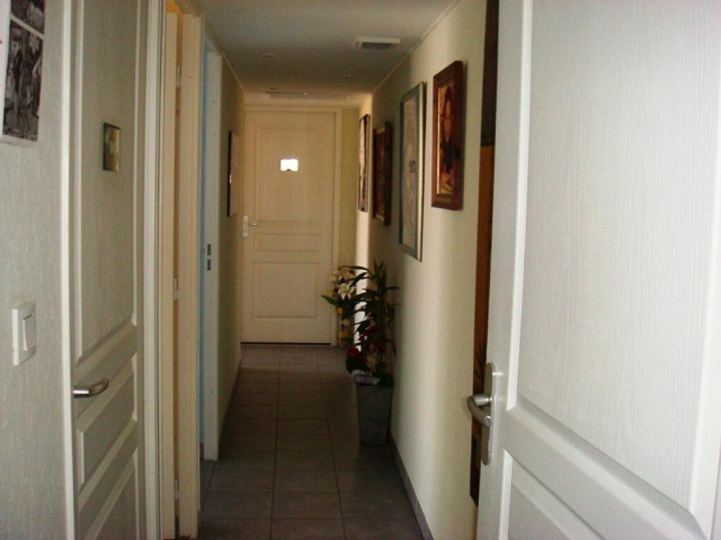 Achat Appartement 4 pièces à Agde - vignette-8