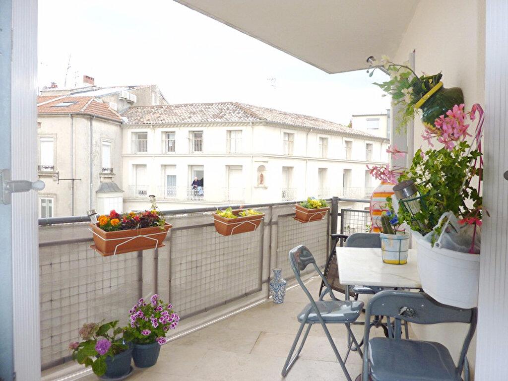 Achat Appartement 4 pièces à Béziers - vignette-1