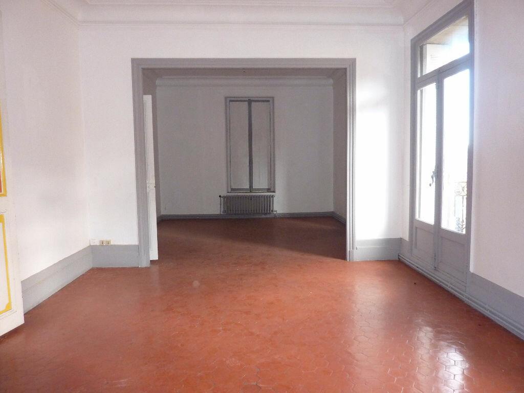 Achat Appartement 4 pièces à Béziers - vignette-2