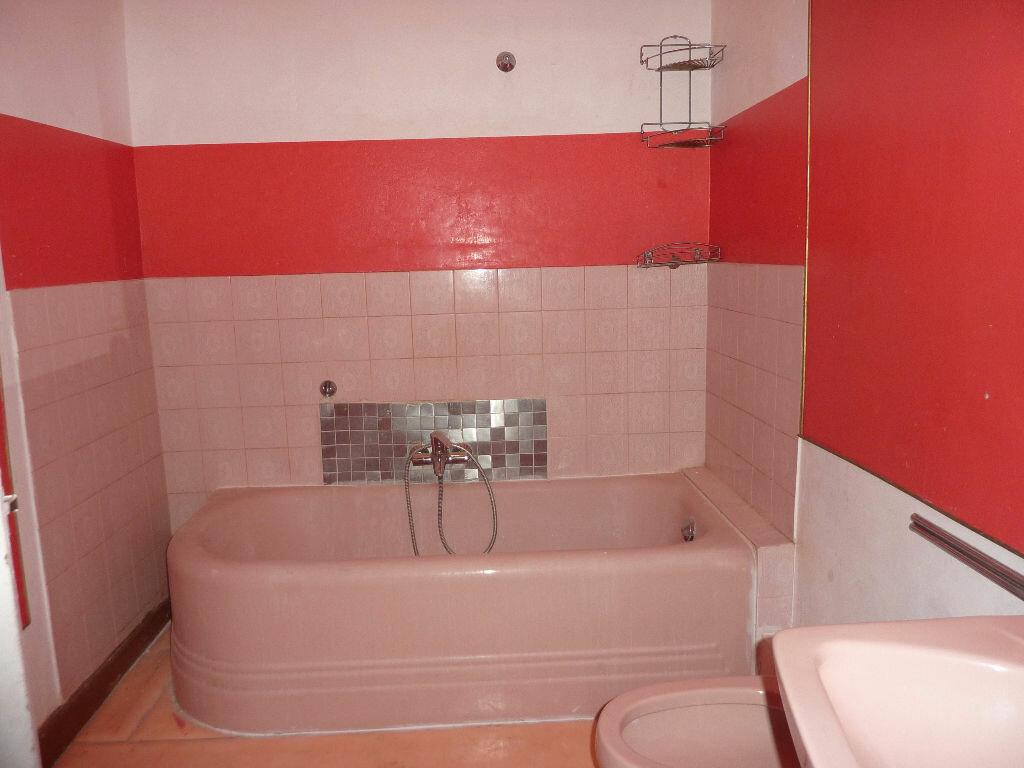 Achat Appartement 4 pièces à Béziers - vignette-6